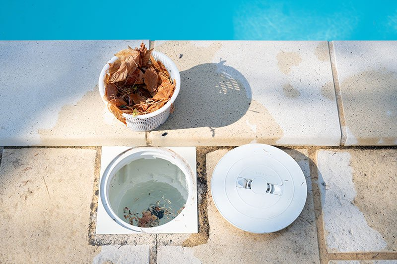 Cleaning Out a Pool Skimmer Basket