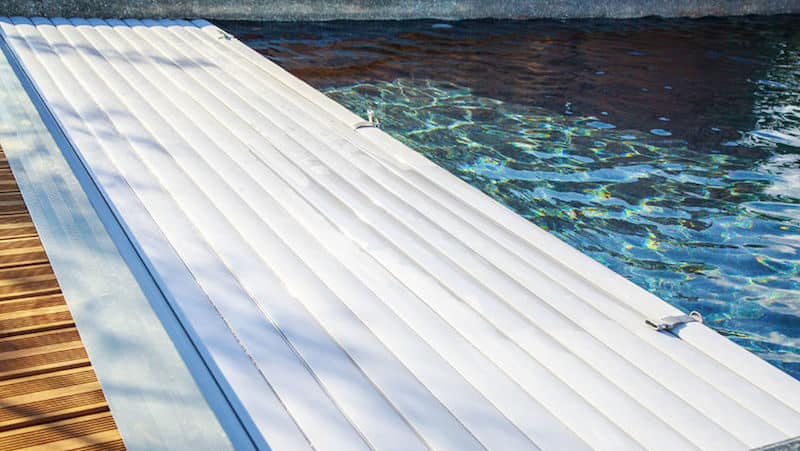 Automatic Pool Covers: How to Choose The Right One