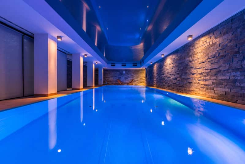 7 Reasons You Need LED Pool Lights