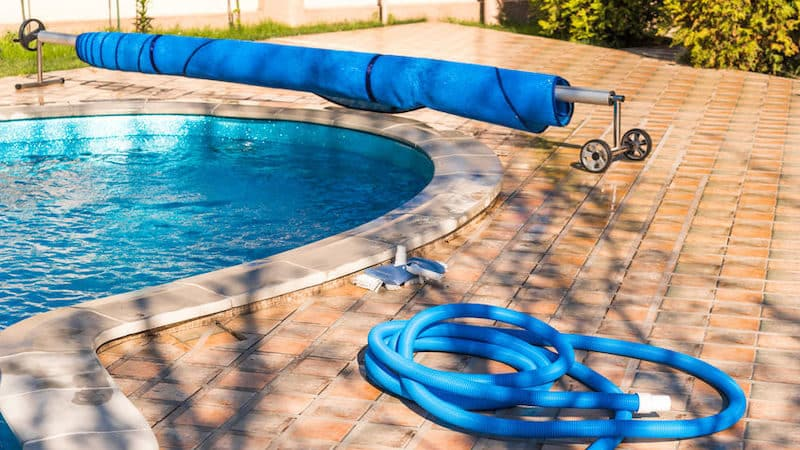 How to Choose The Perfect Solar Cover Reel For Your Pool
